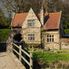 Old English House Jigsaw